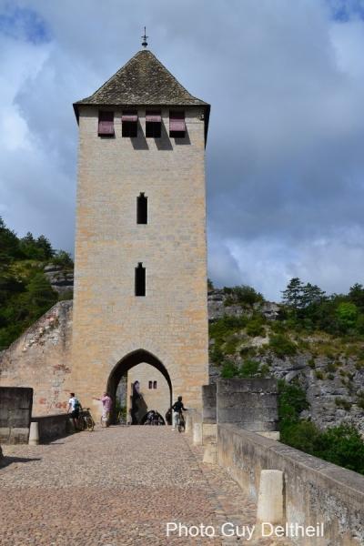 Pont-Valentré-0003