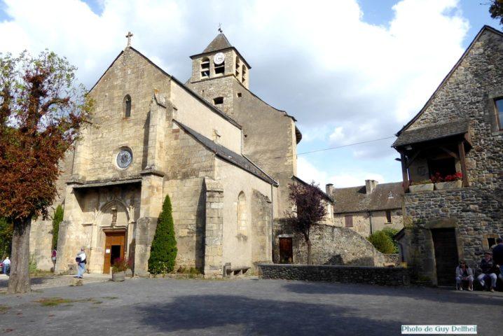 Aveyron-Ste Eulalie d'Olt-Eglise Ste Eulalie