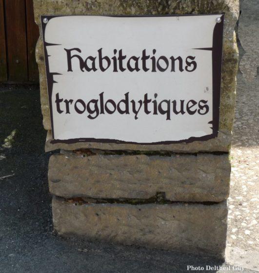Belves-habitations-troglodytiques